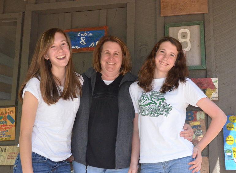 Alison, Paige & Sydney Hafner