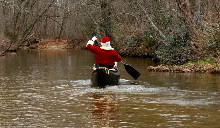 Santa said he had to hurry on  his way down the Green River to be ready for Christmas Day