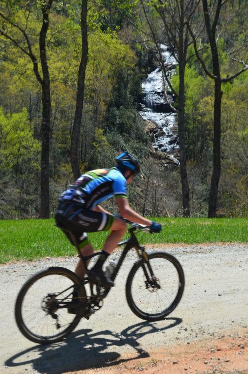 Half way up the big climb at the beginning, you pass the cascading Falling Creek Falls