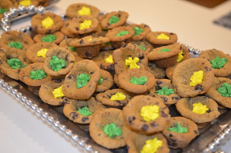 Kayla made some delicious homemade green and gold chocolate chip treats.  No surprise they were a huge hit.  Thanks Kayla!