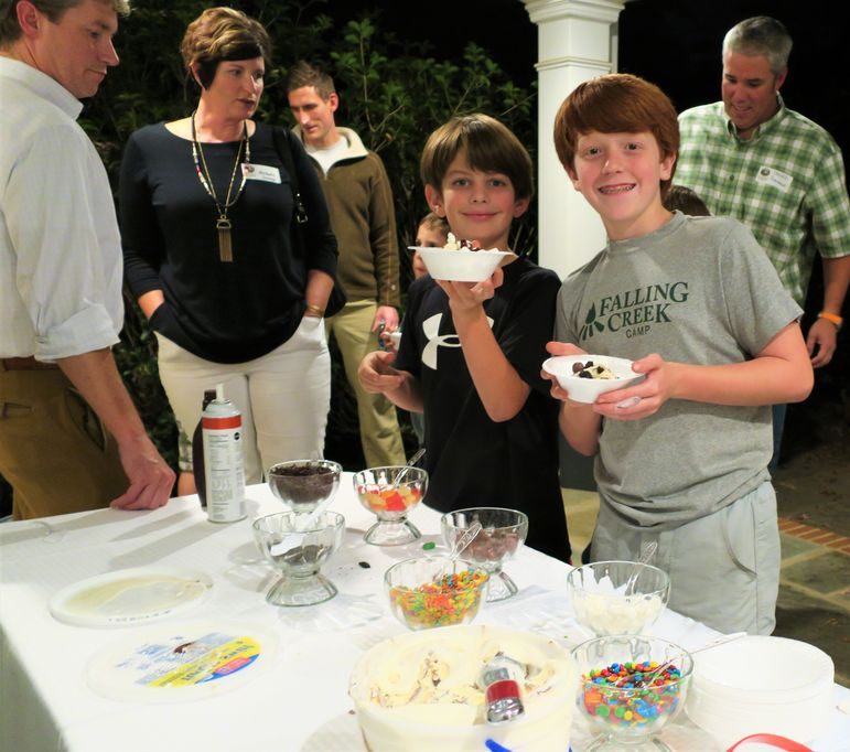 Just like Sunday's at camp after lunch.  Ashley and Jim served everyone ice cream Sundaes with all the fixins to choose from...yum!