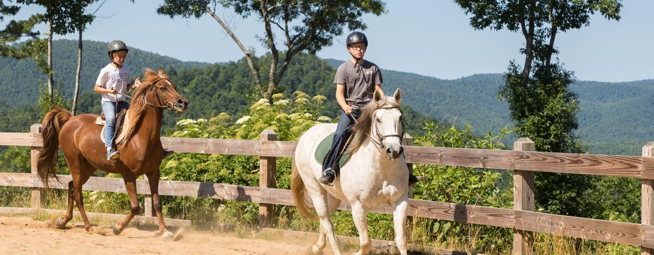 Horseback-photo-at-camp