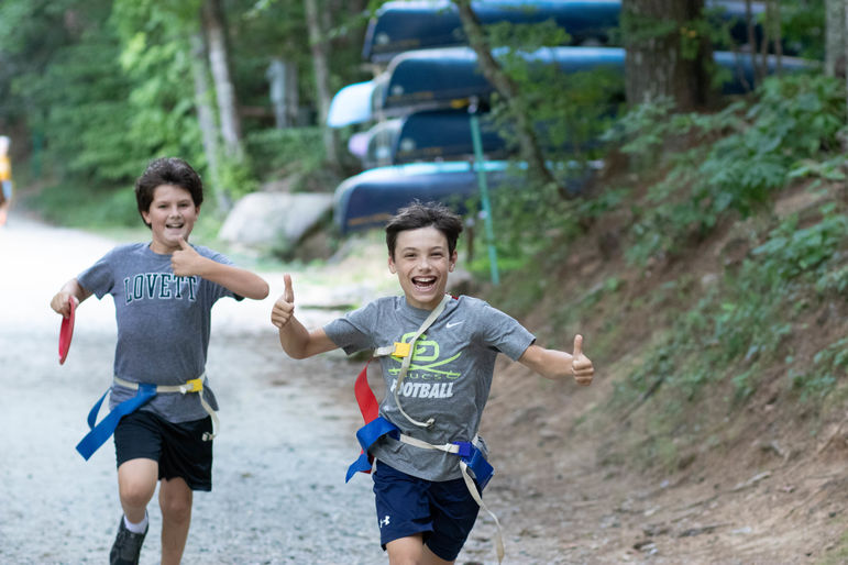 Two thumbs up for weekends at camp!